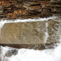 Röykenselvan alajuoksun kivipaasi Skibothnissa Norjassa