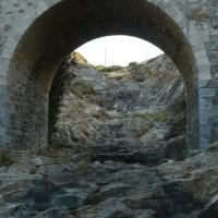 Armenistiksen joki kuivillaan Ikaria Kreikka