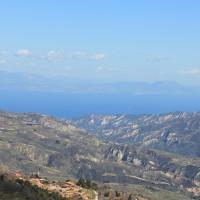 Näkymä Trikalasta kohti Korinttinlahtea